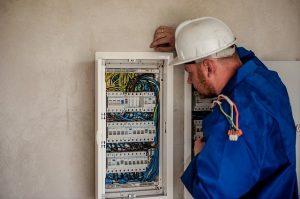Elektroniker für Energie und Gebäudetechnik