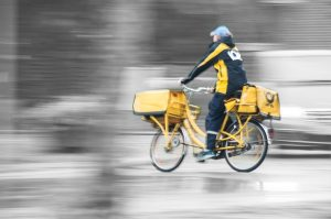 Fachkraft für Kurier Express und Postdienstleistungen